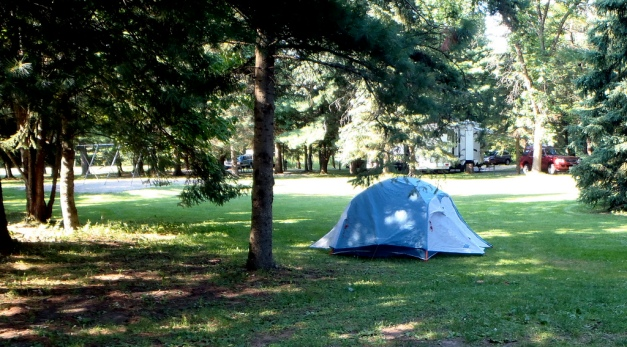 The perfectly lovely Glimmerglass State Park also overlooks the lake. All campsites have a picnic table, grill, and fire ring (how Wagnerian!) Warm showers are available and appreciated.